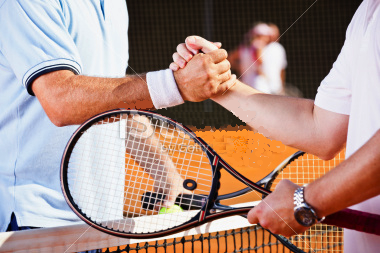 tennis-players-shaking-hands-after-match