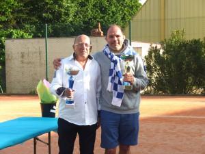 Alain Brunet, vainqueur +65 ans et finaliste +55 ans, avec Gilles Fournié, vainqueur +45 ans.